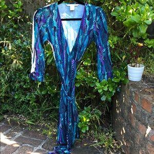 Diane von Furstenberg silk wrap dress sz 2